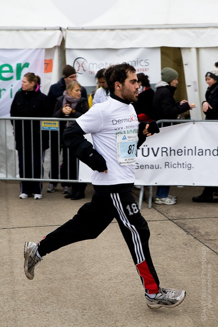 finish line runner